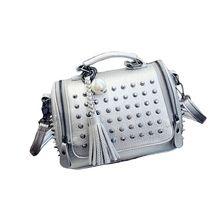 Luxus Leder Handtasche Frauen Tasche Designer casual tote vintage mini messager Beutel Berühmte Marke kleine Umhängetasche Niet Sac ein wichtigsten