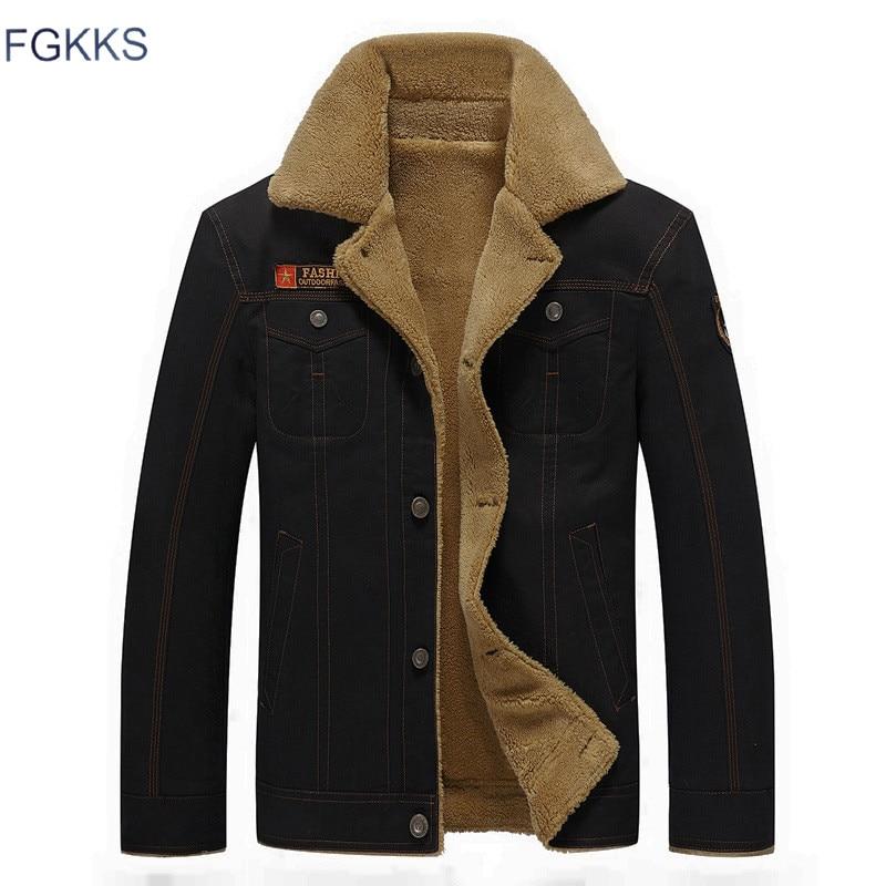 FGKKS 2018 Homens Jaqueta Casacos de Inverno Jaquetas Militares Jaqueta Masculina Masculino Moda Denim Jacket Brasão Mens