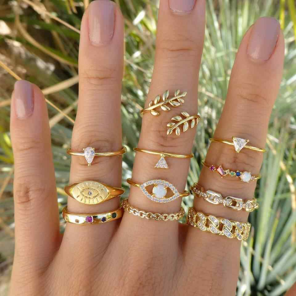 11 Pcs/set Vintage Women Evil Eye Olive Branch Rings Set Crystal Crown Fashion Ring for Women Geometric Finger Wedding Jewelry