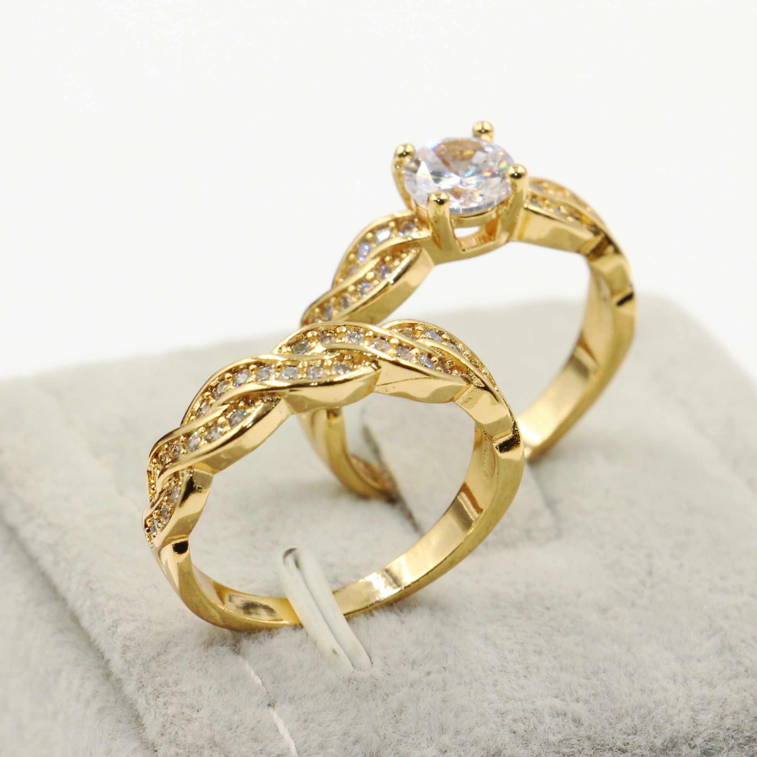 Rulalei ريترو مجوهرات الأزياء 18KT الذهب ملء جولة قص الأبيض واضح 5A زركون خاتم زفاف الخلود الزفاف زوجين خواتم