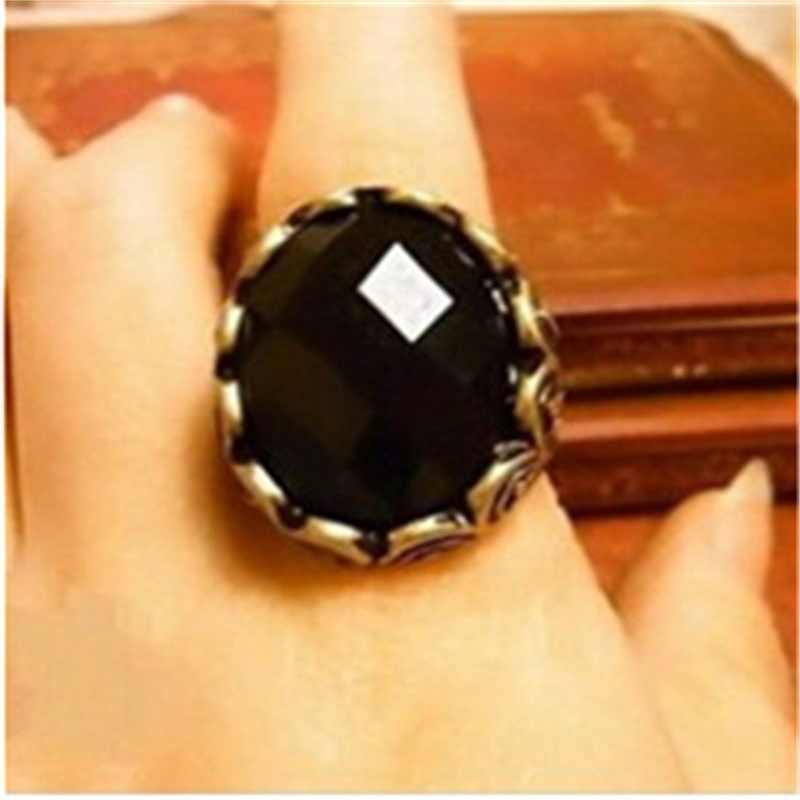 NJ44 ホット販売ヴィンテージ黒ビッグクリスタル指リング人格ファッション彫宝石リング決して日付卸売
