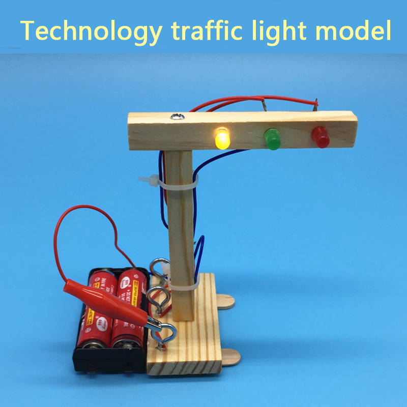 DIY Traffic Light Technology Small Production Pupils Science Experiment Toy Set Small Invention Children's Handmade Materials