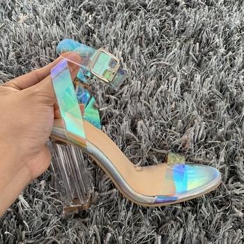 2019 NOVA Moda Mulheres Bombas Celebridade Vestindo Estilo Simples PVC Transparente Transparente Com Tiras Fivela Sandálias Sapatos de Salto Alto Mulher 1