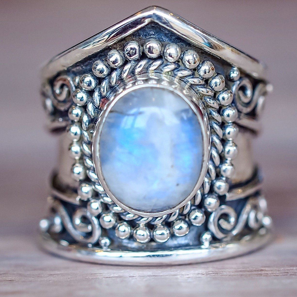 Sterling 925 Silver Color Hyperbole Style Close Ring Retro Moonlight Diamante Stone Thai Black Agate Turquoise Jewelry Circle
