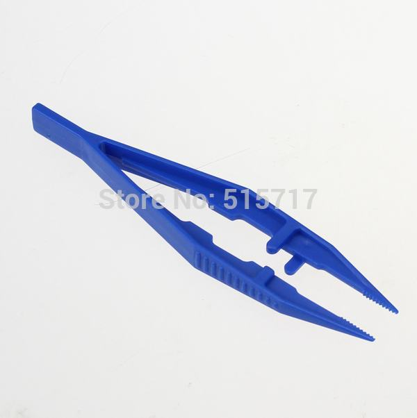 Купить с кэшбэком Gdstime 100 Pcs 10.7cm 4.25 inches Small Blue Plastic Tweezer Tool 107mm Pick Things School Medical First Aid Disposable