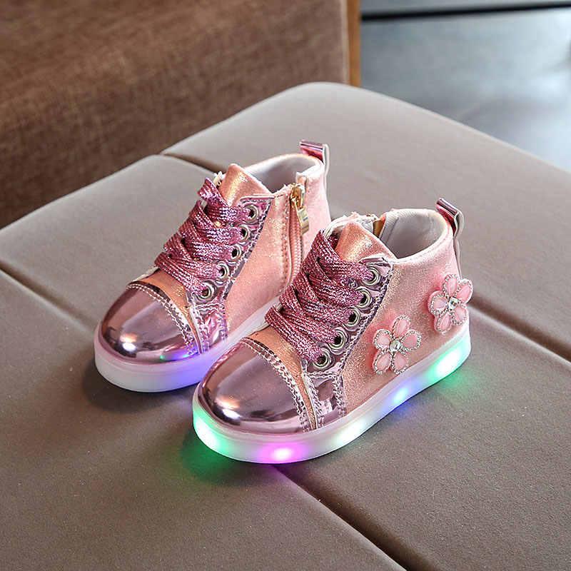 ขายร้อน LED เด็กสาวน่ารักแฟชั่นดอกไม้เรืองแสงแสงเด็กรองเท้าผ้าใบรองเท้าเด็ก