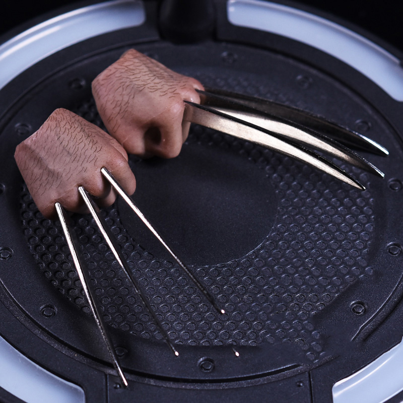 1:6 Scale Wolverine Fist Claw Hand type Model Toy For 12 Male Hugh Jackman Action Figures Accessories