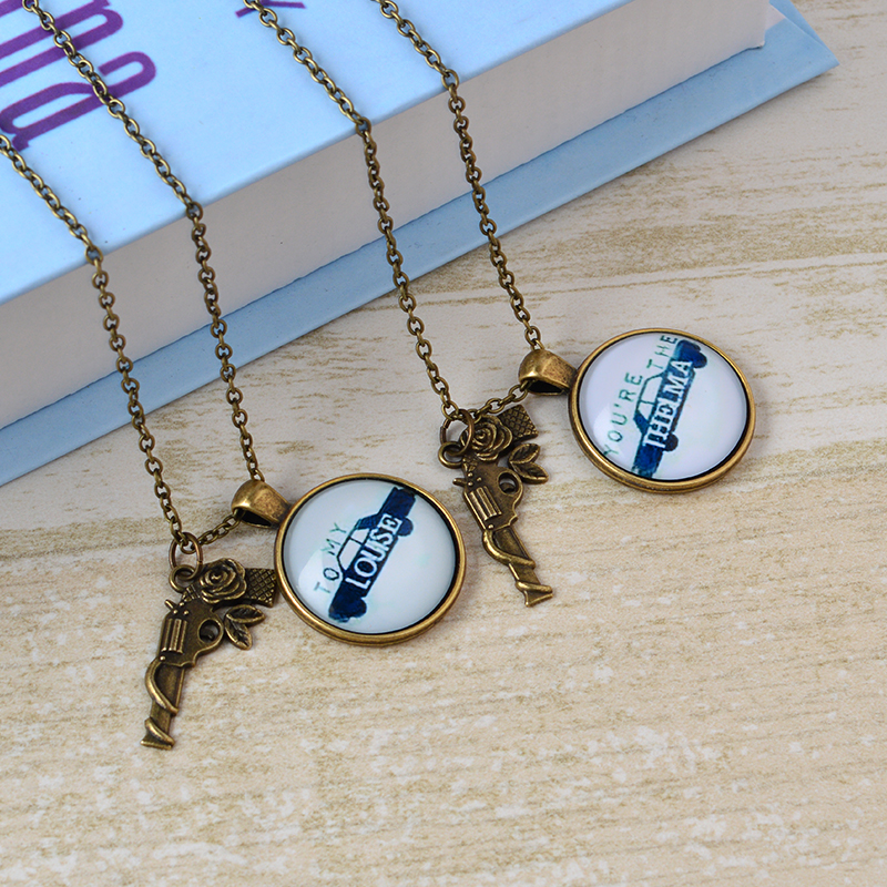 2b07561f 2pcs Vintage THELMA LOUISE Time Necklaces Car Guns Friendship Adventure  Freedom Best Friends Forever Creative Girl Keepsake Gift