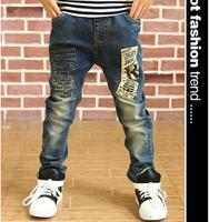 2015 W Nowym Stylu Dzieci Dżinsy Chłopięce Spodnie List Druku Koreański wersja Dżinsy Dla Chłopców Casual Jeans Jesienne Dzieci Spodnie