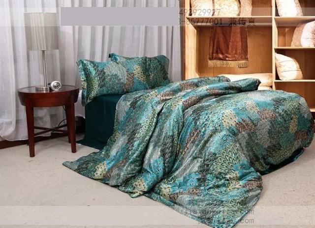 Blue Peacock Feather Print Silk Bedding Set Satin Sheets