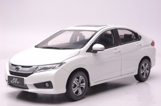 1:18 Diecast Model For Honda City 2015 White Alloy Toy Car Collection HRV HR