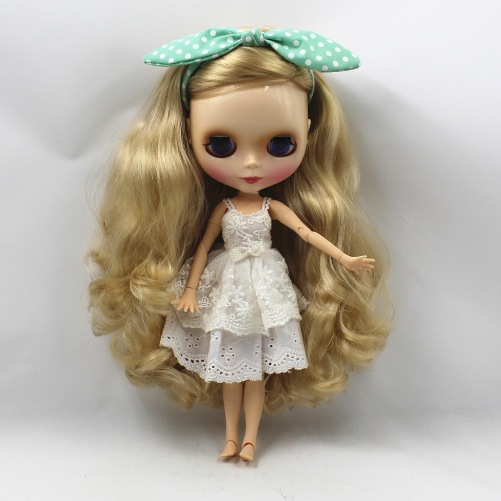 Neo Blythe Doll with Blonde Hair, White Skin, Shiny Face & Jointed Body 1
