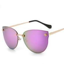 Hot Female Sweet Sunglasses Polarized Sun Glasses Fashion Summer Eyeglasses Eyewear  Women Shades Cover Spectacles