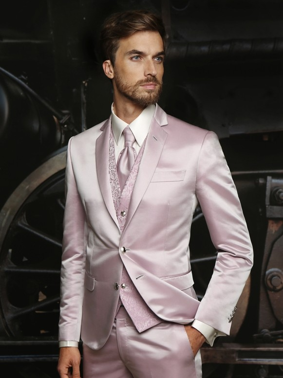2018 Latest Coat Pants Designs Hot Pink Satin Formal Men Suit Slim Fit Outfit Simple Custom Men Tuxedo 3 Piece Terno Dresses