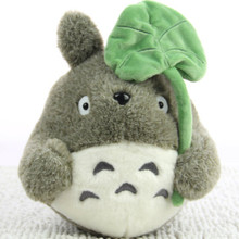 TV Movie Character 22cm Lovely Plush Toy My Neighbor Totoro Plush Toy Cute Soft Doll Totoro with Lotus Leaf Kids Toys Cat Gift