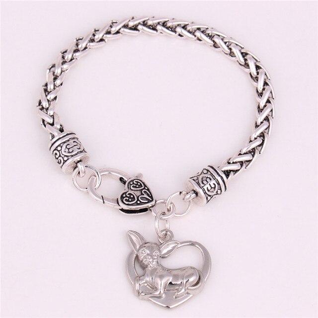 2c844e401f77 € 6.9 30% de DESCUENTO|Joyería pulsera mujeres hombres Chihuahua forma  brazalete y patrón de corazón diseño lindo perro de aleación de Zinc ...