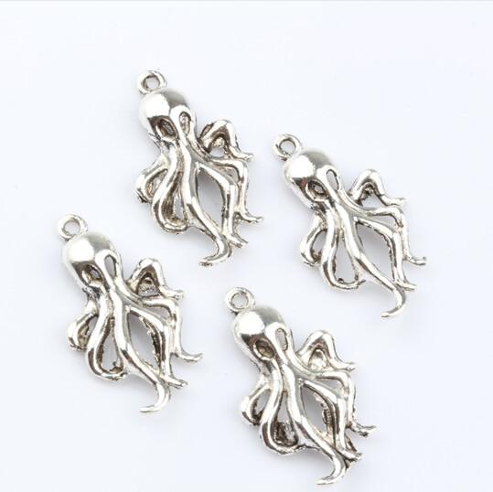 30 pcs Tibetan Silver 3D Octopus Charm Pendants 31mm 0332