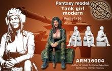 1:35 Tank girl moderno