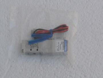New Japanese original authentic JC10SF5-PL new japanese original authentic pressure switch ise3 01 21