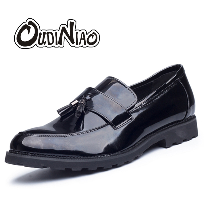 Oudiniao Men Shoes Big Size Casual 2017 Tassel Loafers Black Slip On Patent Leather Mens Vintage Waterproof Fringe Shoes Men men s casual shoes loafers spring autumn slip on loafers men black mens shoes casual mens loafers rivet big size 46 47 48 socks