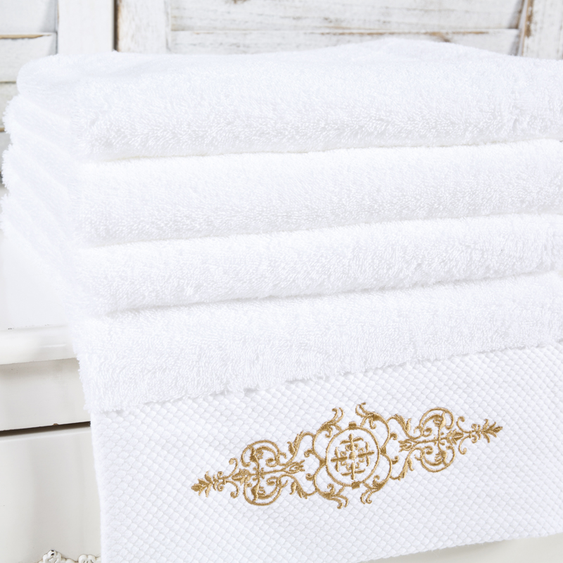 High Quality White Embroidered Oversized Beach Bath Towels