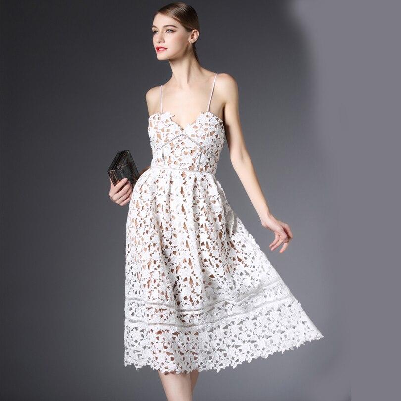 best sneakers 6eee9 f2a6d US $37.8 35% di SCONTO 2016 nuovo arriva self portrait handmade bianco e  rosso estate Abito di pizzo sexy del fiore delle donne eleganti abito per  ...