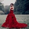Роскошный Красный Русалка Красочные Свадебные Платья 2017 Цвета Без Бретелек Тюль Ruched Оборки Юбки Элегантные Номера Белое Свадебное Платье