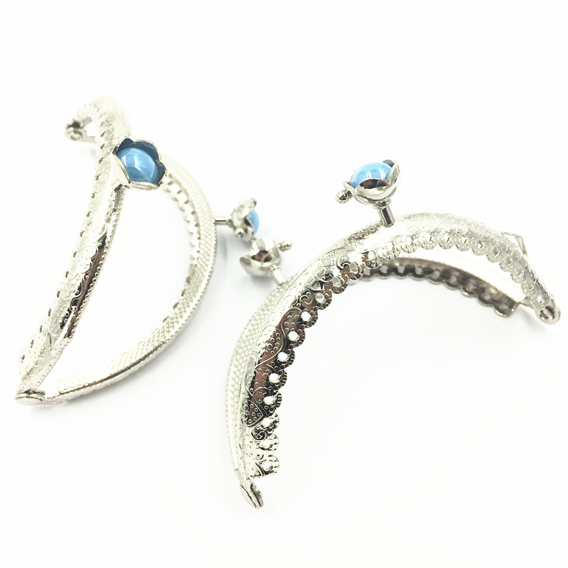 1Pc Kiss Clasps Clips Lock Clutch Coins Purse Handle DIY Findings Ruffled Arch Frame Silver Tone Blue Resin Flower 8.5cm
