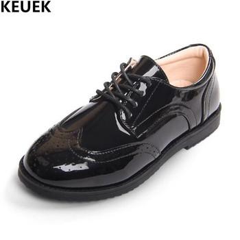 Nowe buty Brogue dziecięce buty skórzane typu oksfordy chłopięce czarne sznurowane brytyjskie buty studenckie dziecięce maluchy dziecięce mieszkania 019 tanie i dobre opinie Mieszkanie z 14 t 13 t 12 t 10 t 14 T 11 t Chłopcy KEUEK Pasuje prawda na wymiar weź swój normalny rozmiar RUBBER