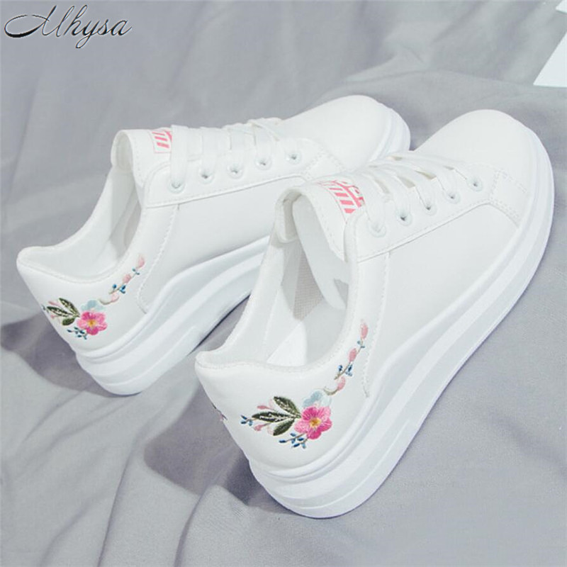 Mhysa 2019 Women Casual Shoes Spring Women Fashion Embroidered Breathable Hollow Lace-Up Women Sneakers Vulcanized Shoes T381