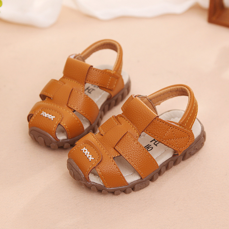 24847cf42fa5 2017 summer hot sale fashion kids sandals for children non slip breathable  boys girls sports sandals beach-in Sandals from Mother   Kids on  Aliexpress.com ...