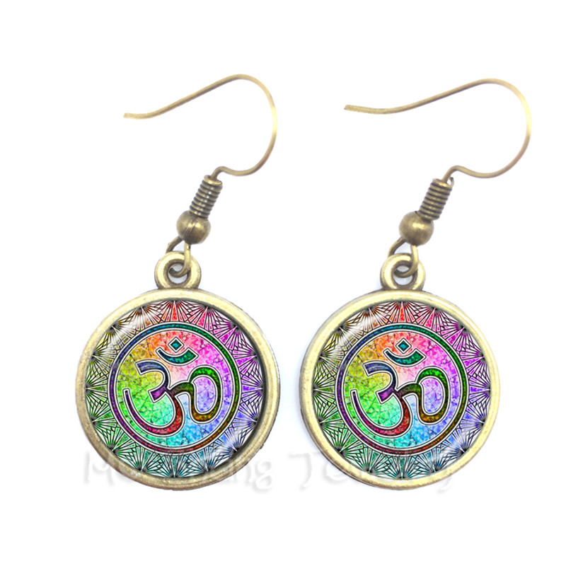 Om Ohm Aum Namaste Yoga Symbol Earrings Charming Bright Colorful Om Logo Drop Earrings Pretty Indian Style Women Jewelry Gift