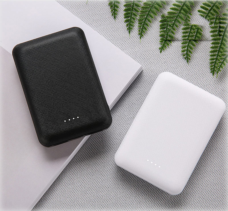 Small Portable 10000mAh Charging Power Bank For Xiaomi Mobile Phones 18