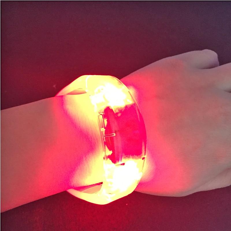 12 teile / los Neue Sound Aktiviert led armband 5 farben leuchten - Partyartikel und Dekoration