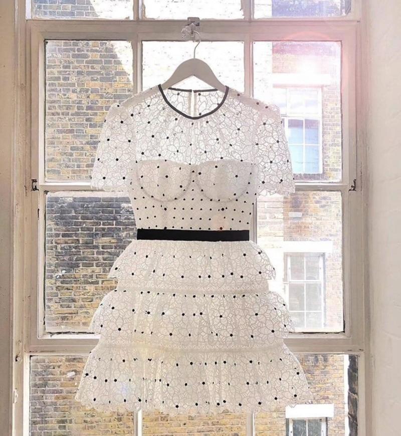 2019 새로운 여름 흰 레이스 여성 드레스 도착-에서드레스부터 여성 의류 의  그룹 1