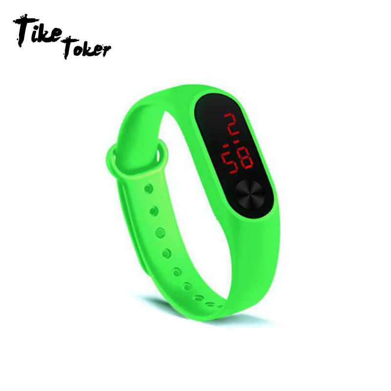 2019 Digital Watch Women Sport Hand Ring Watches Led Sports Fashion Electronic Clock relogio feminino