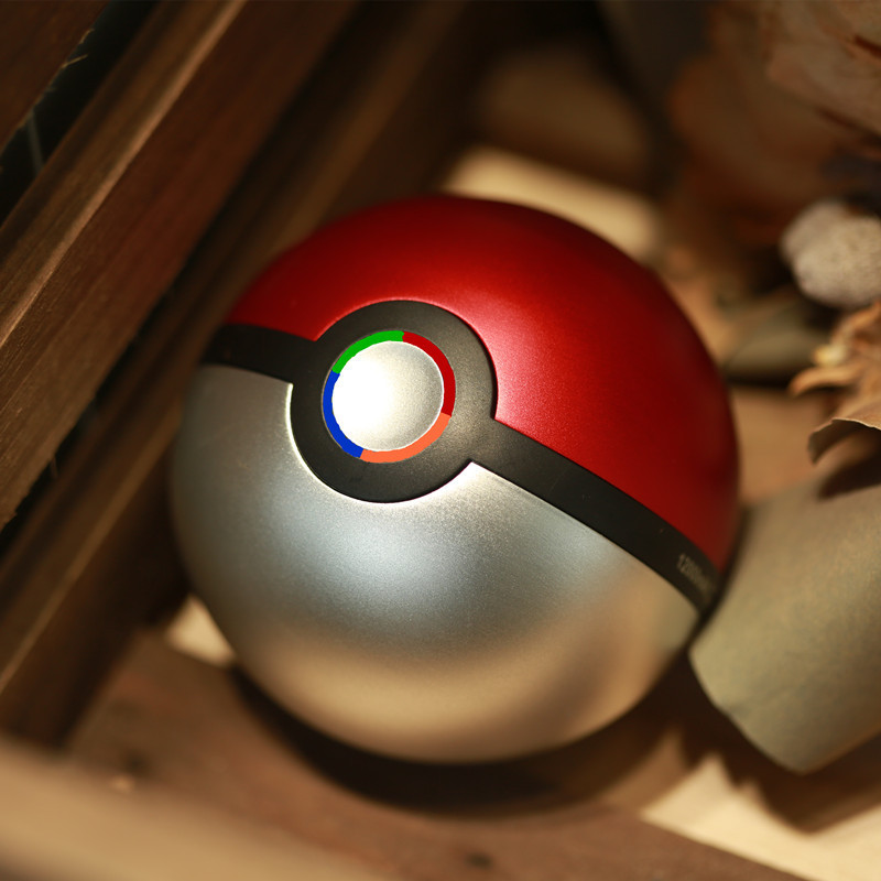 UVR Mobile Phone Charger Alloy 5V/2.1A Output 12000mAh Pokeball Power Bank Charger Custom Christom Gift Pokemons Go Powerbank