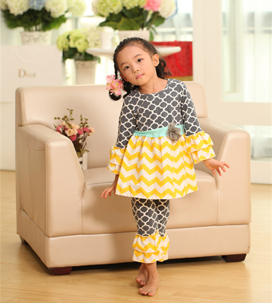 все цены на new 2015 christmas clothes baby girls xmas chevron Outfit girl boutique ruffle pants long sleeve baby girl christmas outfits
