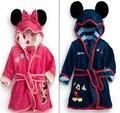O envio gratuito de roupão de banho das crianças de Varejo! bebê 1 pc menino/menina minnie e mickey robe pijamas coral de veludo macio crianças vestido b