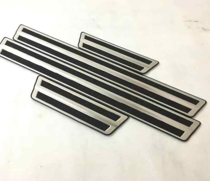 Araba sticker için toyota C-HR CHR aksesuarları 2016-2018 kapı eşiği trim sürtme plakası koruma pedalı kapak araba tasarım ile logo 4 pcs