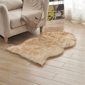 Image 2 - Sofá decorativo de imitación de lana para el hogar, cojín de salón europeo, alfombras de cuero de oveja, dormitorio, cabecera, ventana, cojín de pelo largo