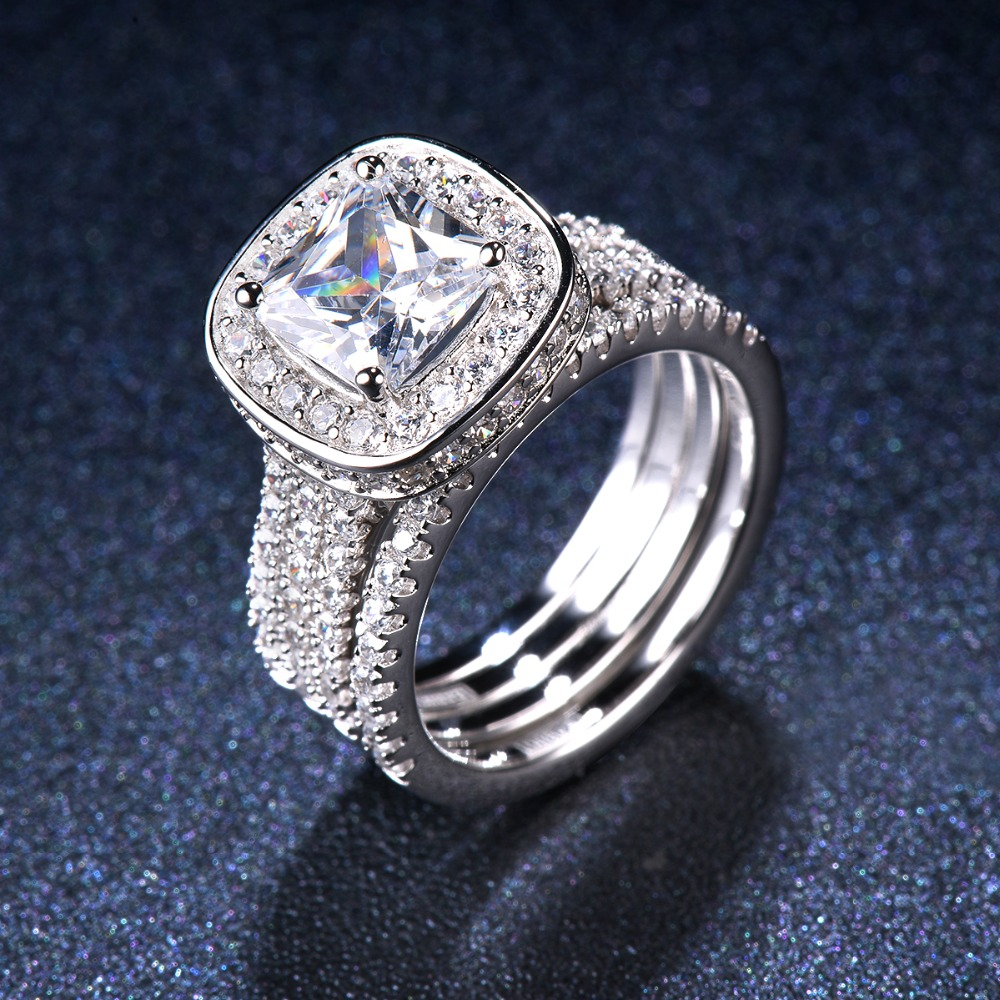 SALE! Luxury 2.77ct Simulated Diamond Halo Wedding Ring