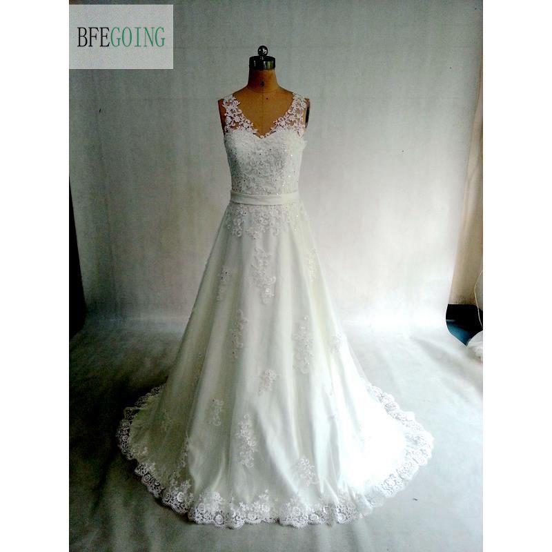 Ivory Lace Tulle V Neck A line Wedding dress Court Train Floor Length Belt Bridal Dress