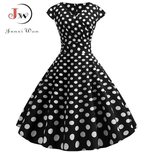 classic shape and gorgeous print dress. casual and elegant at once  also pettiskirts 6