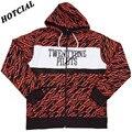 2016 New Hoodies Men Tracksuits Fashion 21 Twenty One Pilots Zig Zag Print Design Tracksuit Patchwork Sweatshirt Hombre