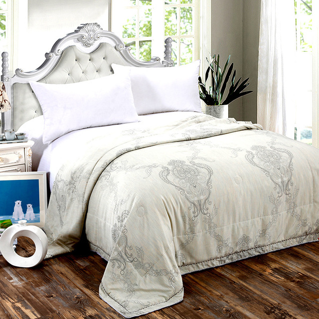 2017 Fashion 100 Silk Quilt Summer Thin Quilts Bedding Filler