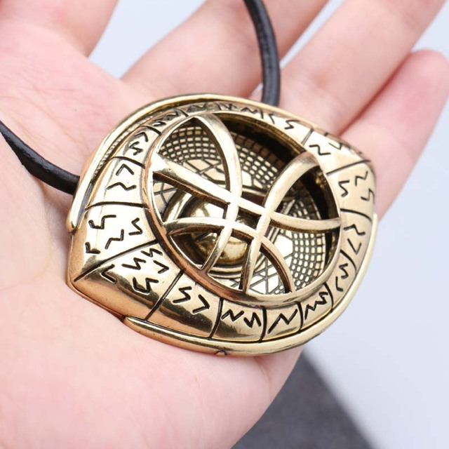 2017 Doctor Strange Antique Bronze Eye Shape Necklaces & Pendant with Leather Cord