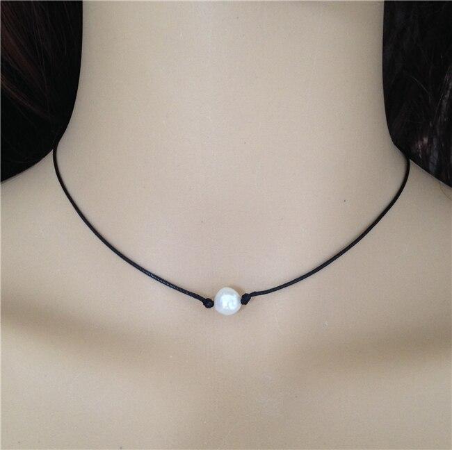 e8f355aaa2c0 Cuero negro collar de perlas cultivadas de agua dulce perla gargantilla collar  mujer joyería para los mejores amigos flotante perla colgante