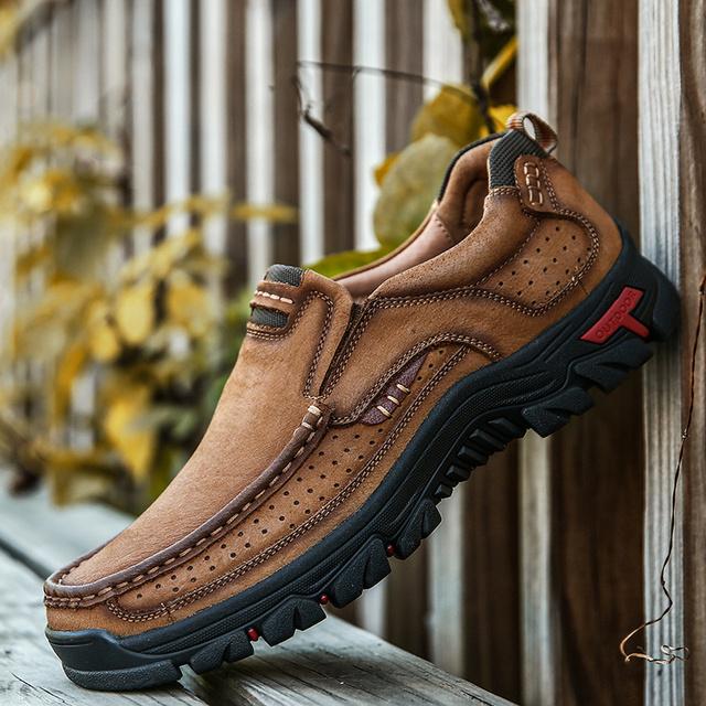 Stylish Men Comfortable Sneakers Waterproof Shoes