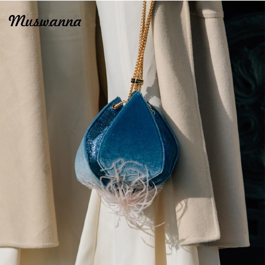 Luxury Brand Velvet Feather Women Bag Lantern Drawstring Bag Flower Shape Women Shoulder Messenger Bag Metal Wrist Bag 2019